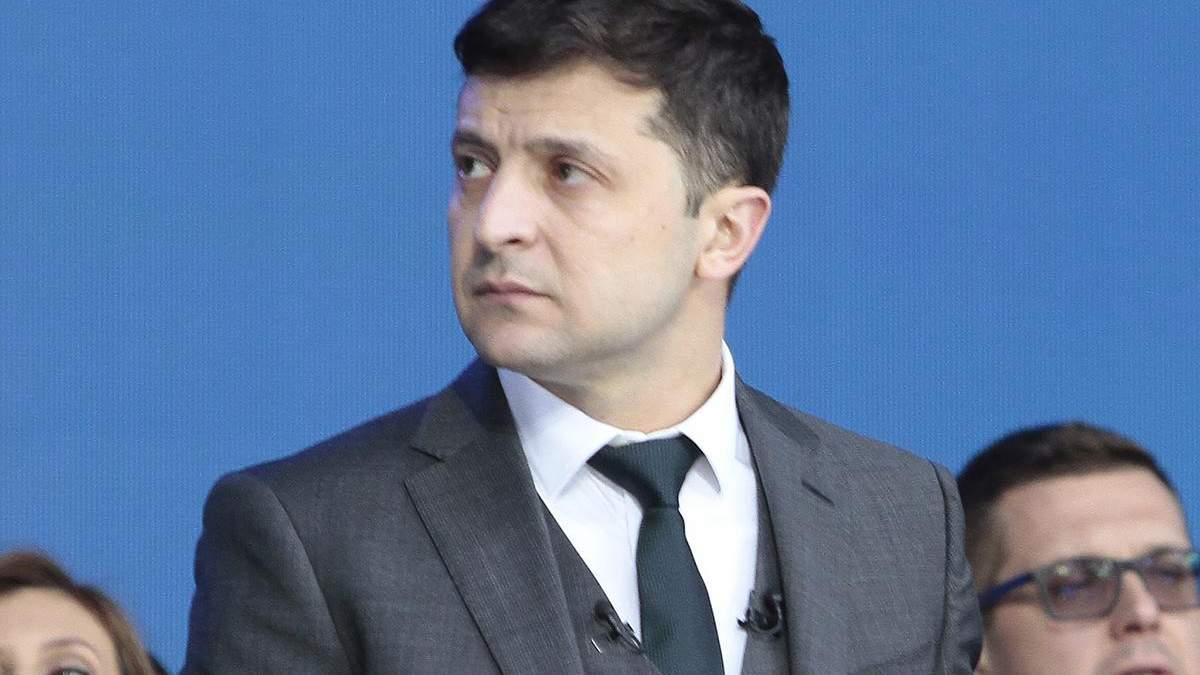 Зеленський заявив, що ЦВК затягує оголошення результатів виборів президента, щоб він не зміг розпустити парламент