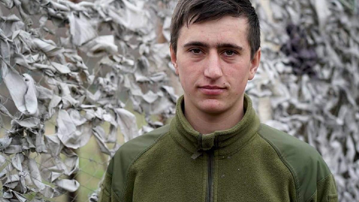 Молодий офіцер Олег: Навіщо піаритися? Я просто служу