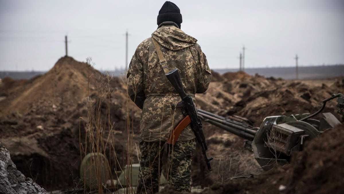 На фронте ранили двух украинских военных