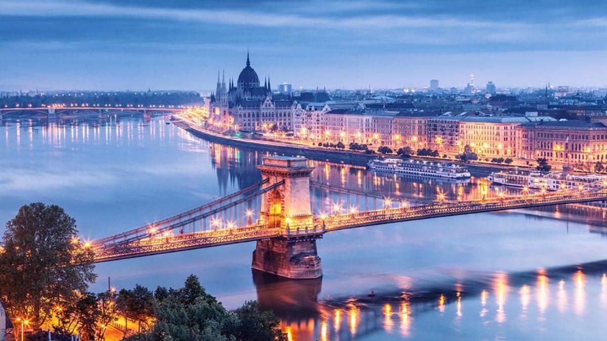 Будапешт закрывает небо для ночных полетов