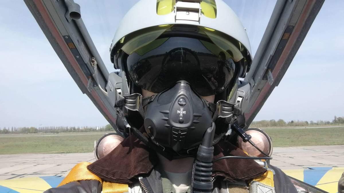 Украинские летчики приступили к испытаниям французских шлемов