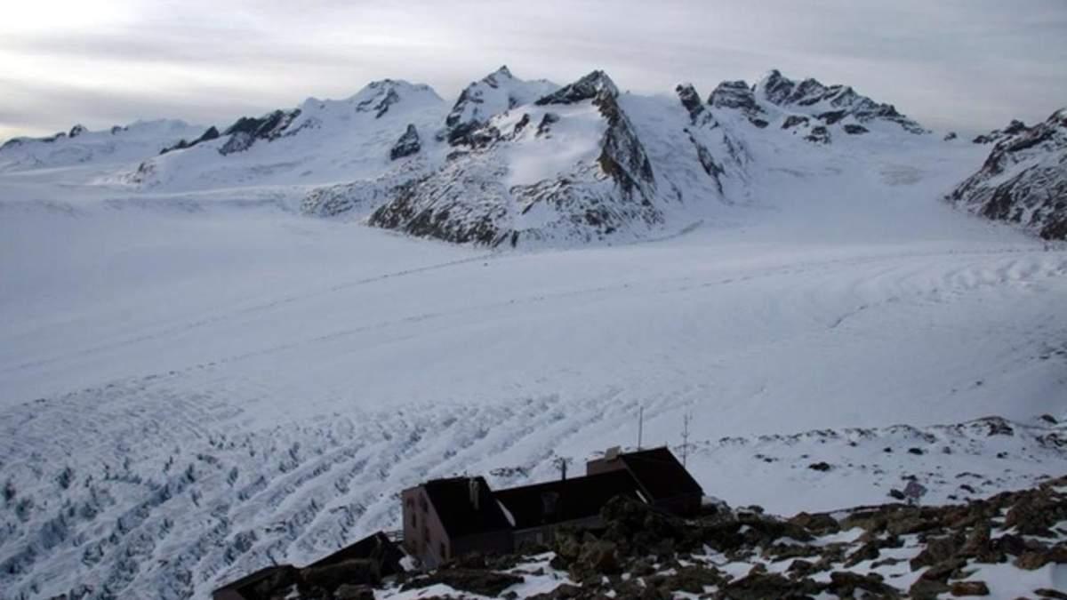 Бернські Альпи у Швейцарії