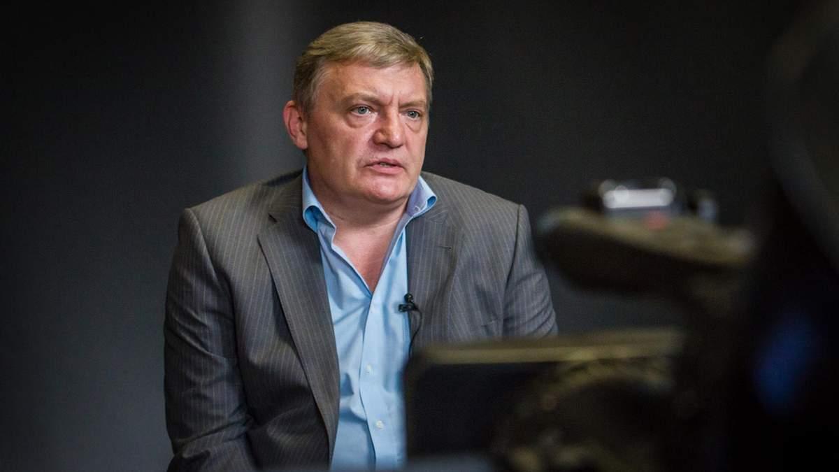 У МінТОТ хочуть позбавляти українського паспорта за отримання російського