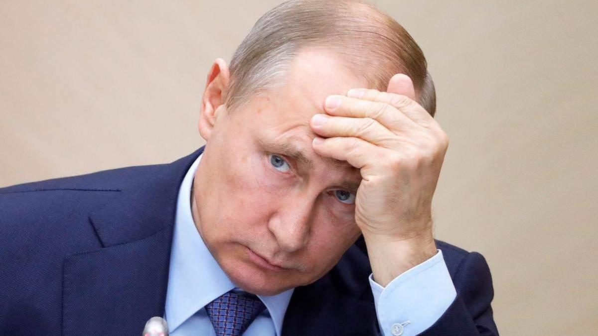 Путін спростив процедуру отримання громадянства Росії для жителів Криму та низки інших категорій українців