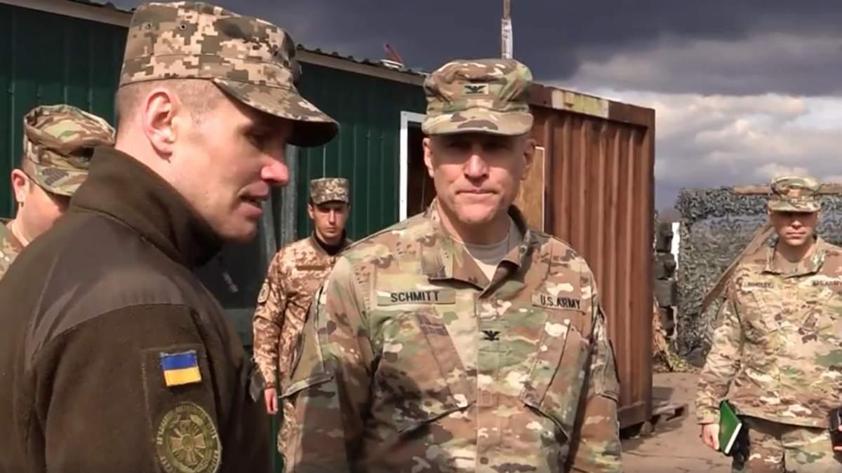 Исследовали тактику российских оккупантов: военная делегация США побывала в зоне боевых действий