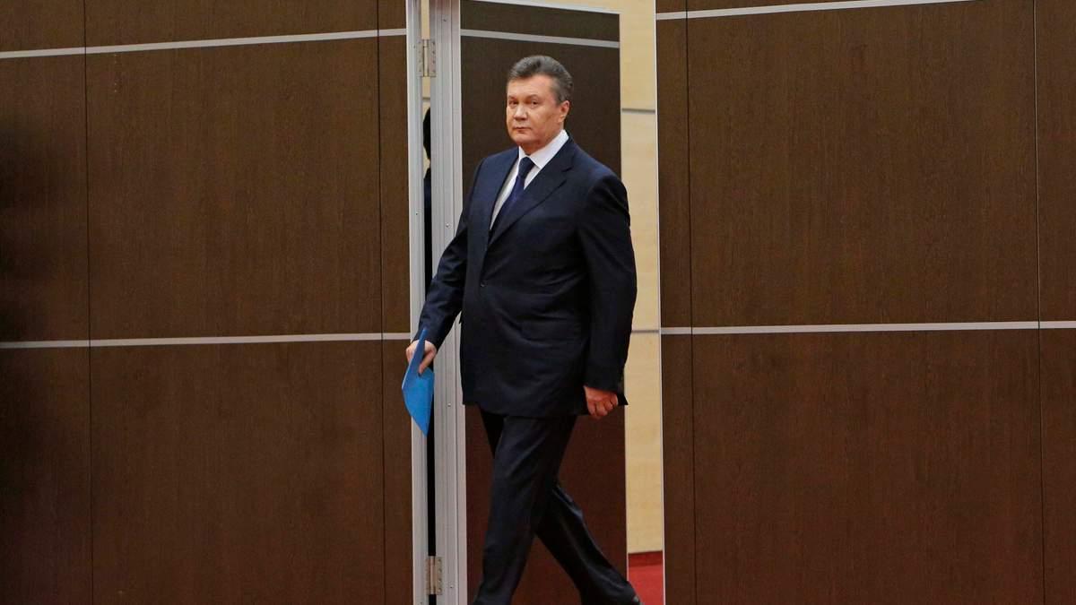 Янукович попросил лишить лицензии его бывшего адвоката