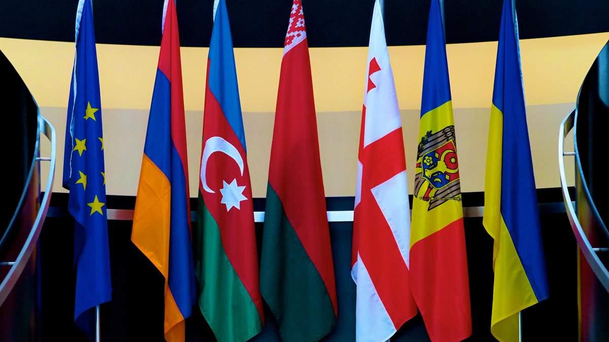 """10 років """"Східного партнерства"""": замість """"мосту"""" – """"рів з крокодилами"""", або Чим ризикує Україна"""