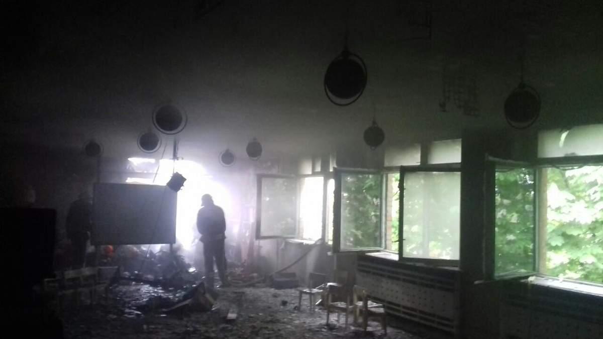Блискавка влучила у дитячий садок на Кіровоградщині: фото