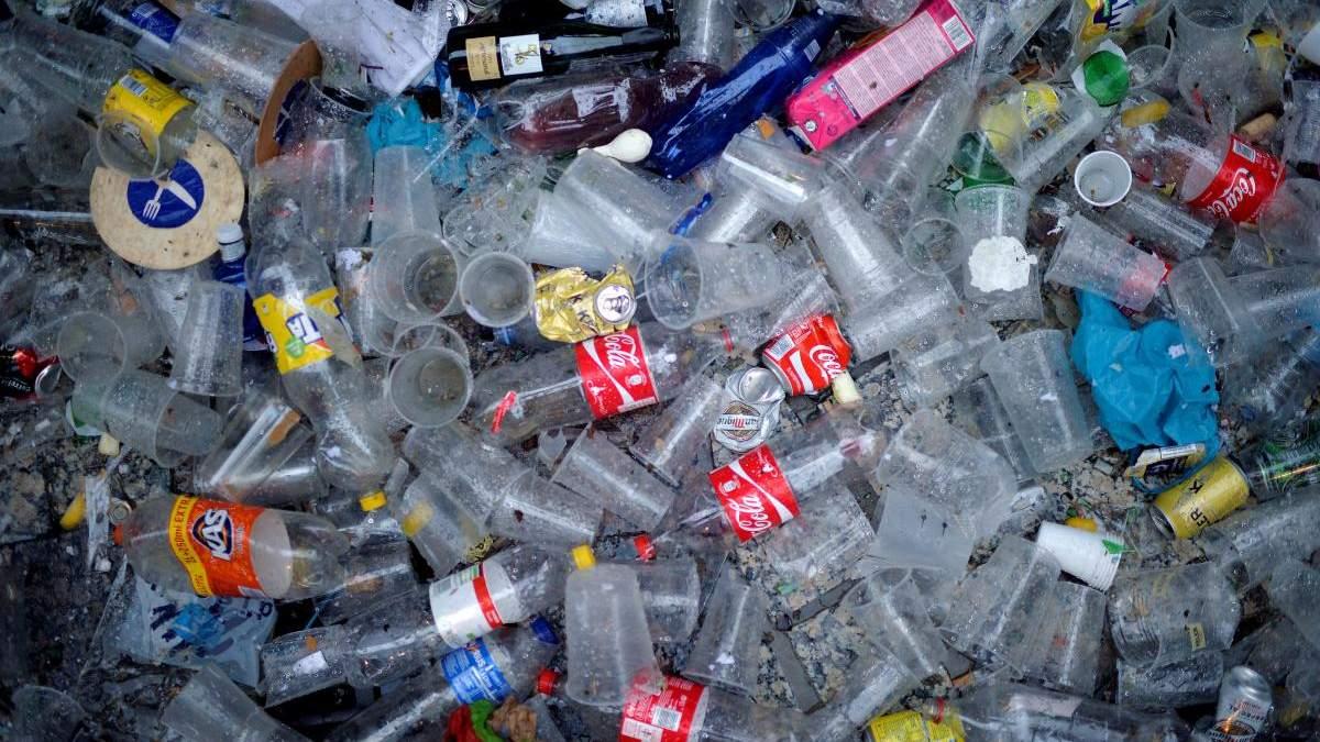 Європа відмовилась від пластику, а що Україна?