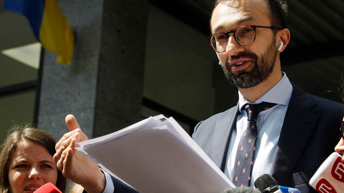 Против Лещенко открыли дело из-за возможной взятки