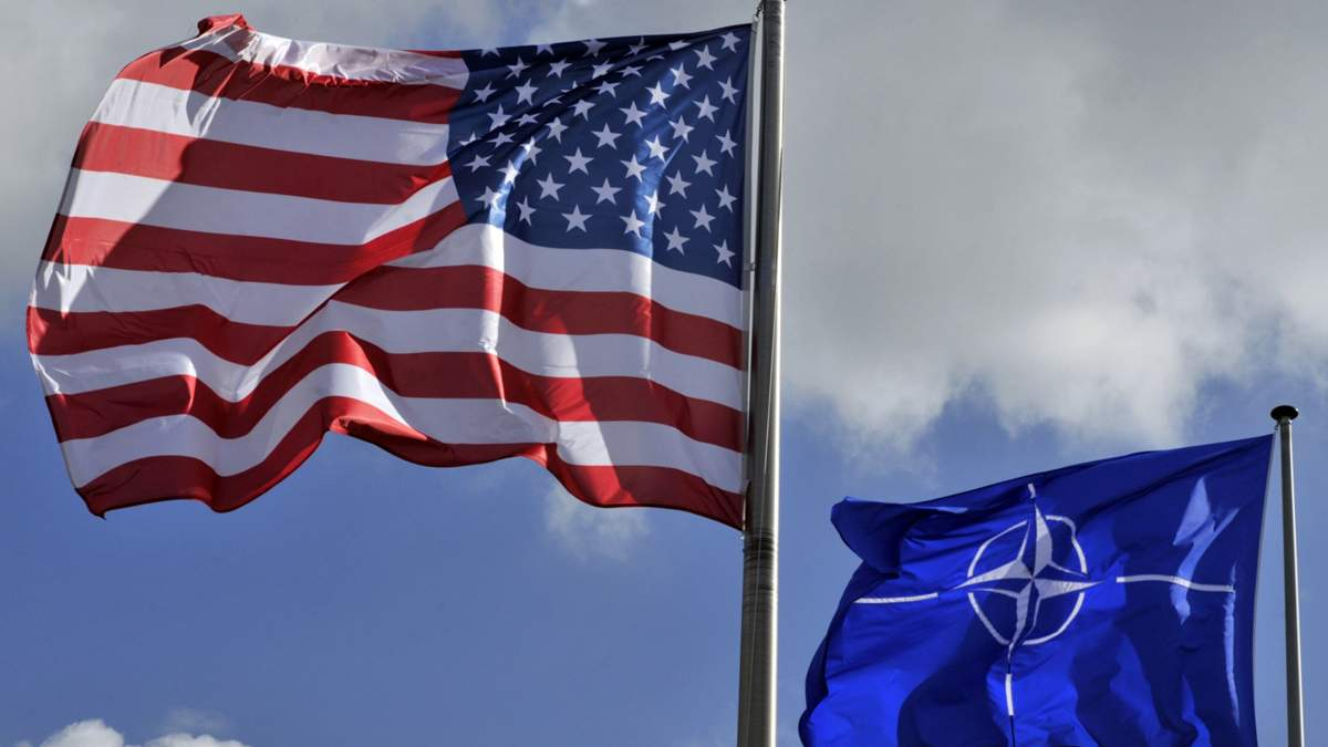 Що загрожує Європі у разі виходу США із НАТО, – Tages Anzeiger