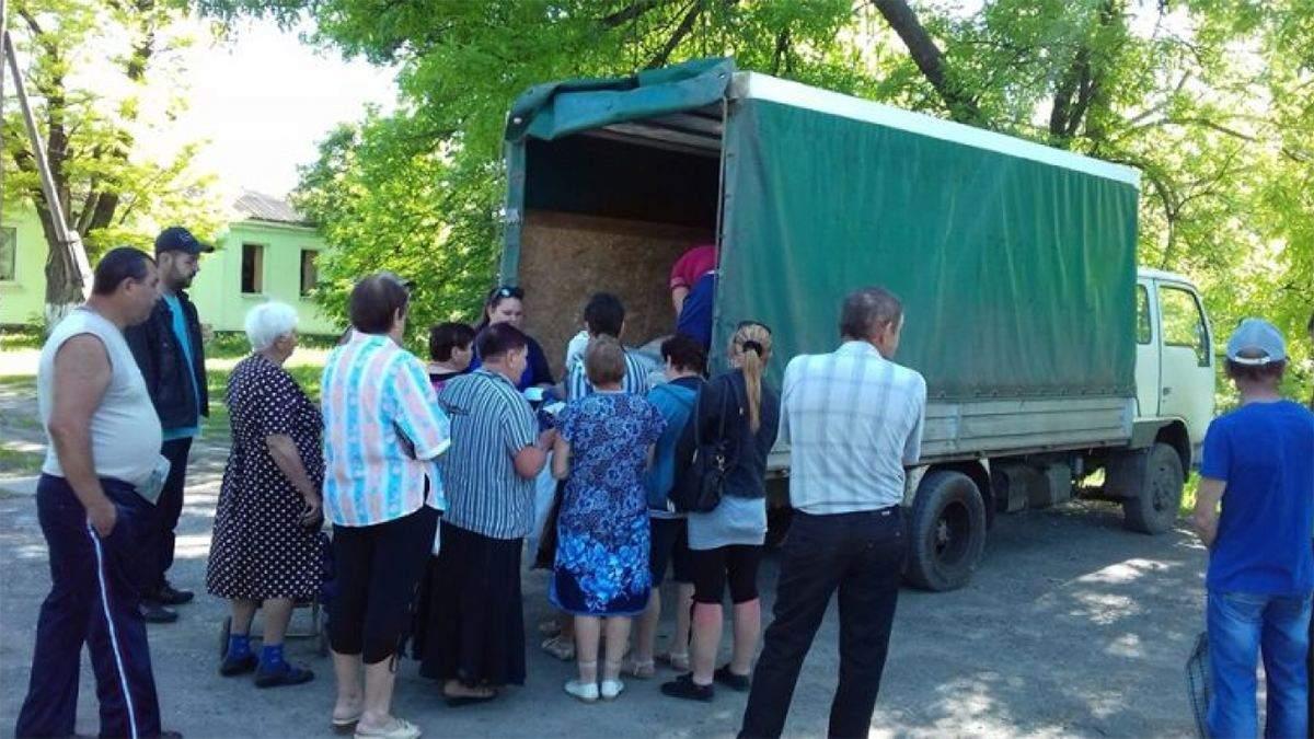 Цукор за голос: на Луганщині та Вінниччині масово підкуповують виборців – фото