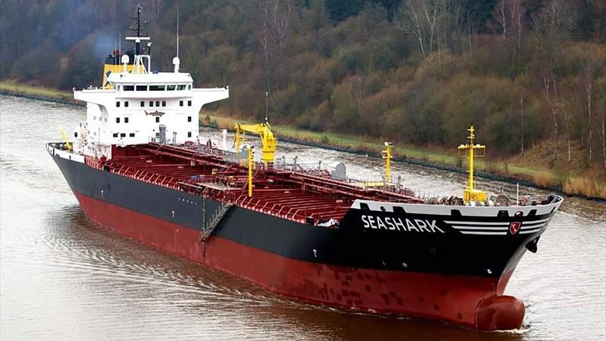 Арешт танкера Sea Shark в Єгипті: частина українців повертається додому