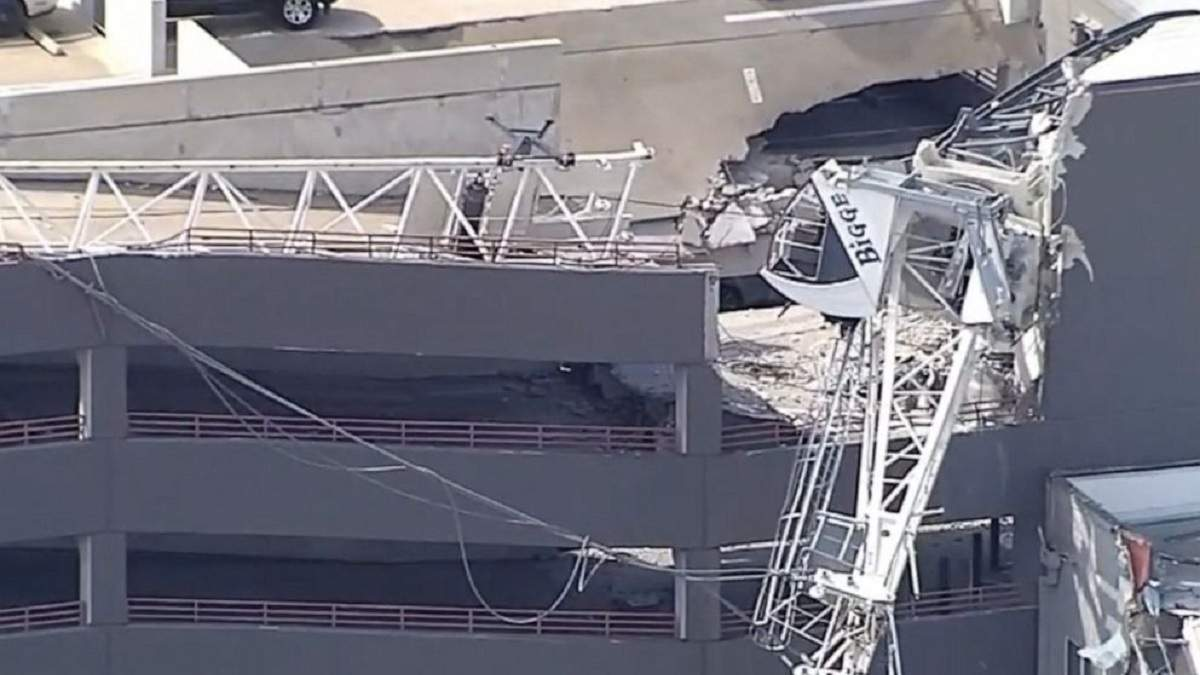 У США кран обвалився на п'ятиповерховий будинок
