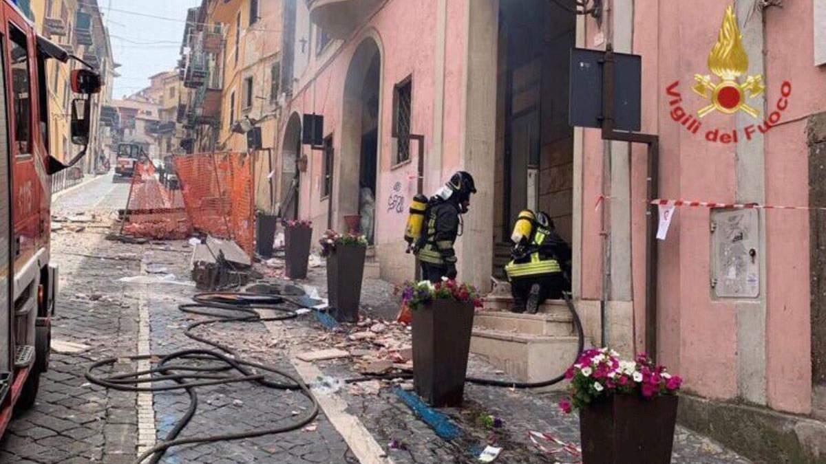 Під Римом в Італії прогримів сильний вибух: загинув мер містечка