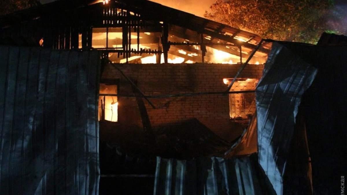 Пожежа в психіатричній лікарні в Одесі: фото, відео - є жертви
