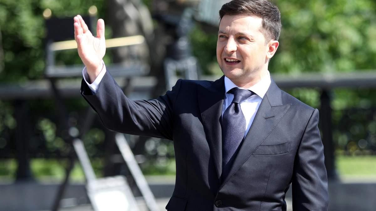 О Бухареве, увольнении Луценко и переезде АП: эксклюзивное интервью с помощником Зеленского