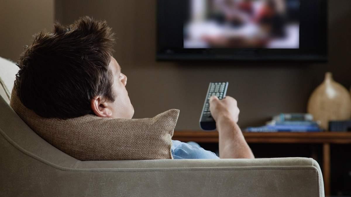 Просмотр каких сериалов облегчает симптомы тревоги