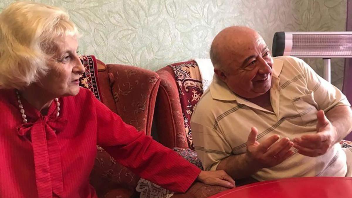 Батьки Зеленського показали свою квартиру: фото