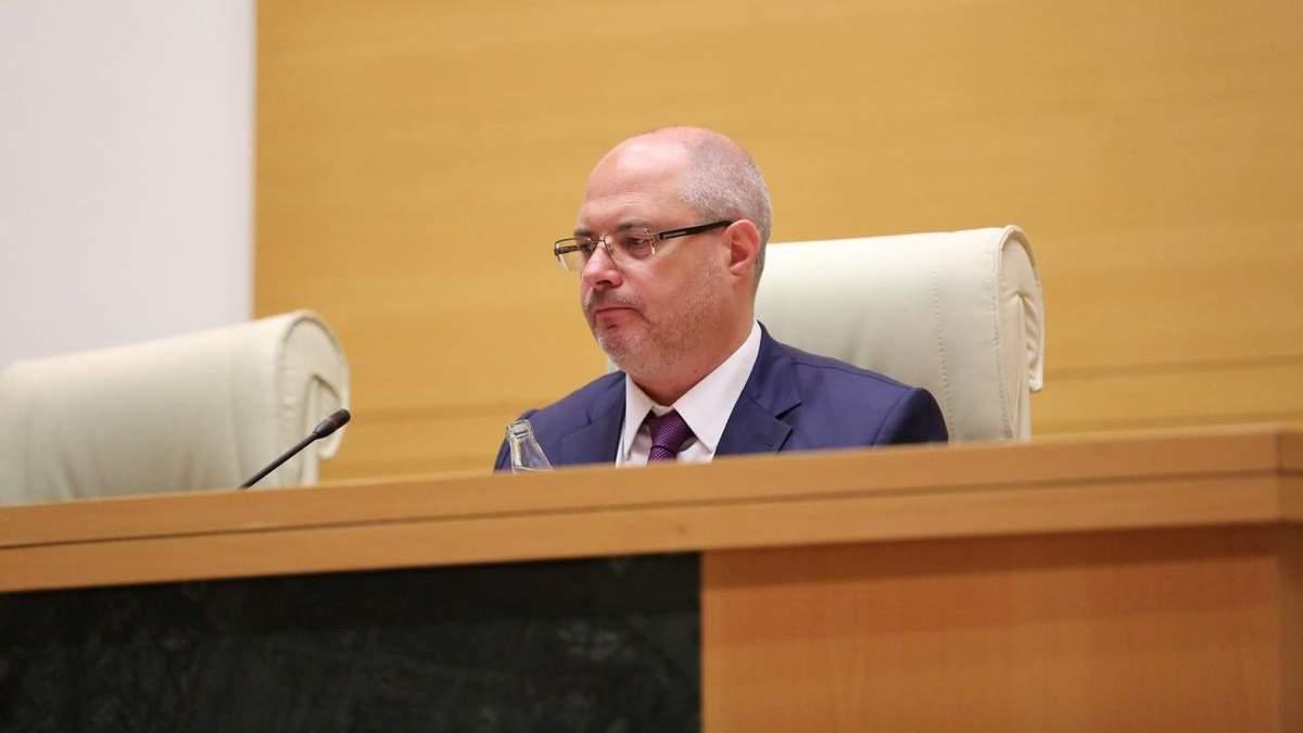 Депутат Госдумы РФ Сергей Гаврилов на месте спикера грузинского парламента