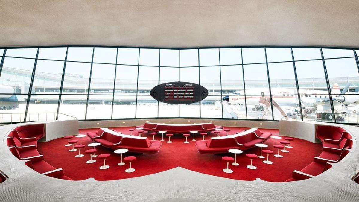 Заброшенный терминал аэропорта превратился в отель: потрясающие фото
