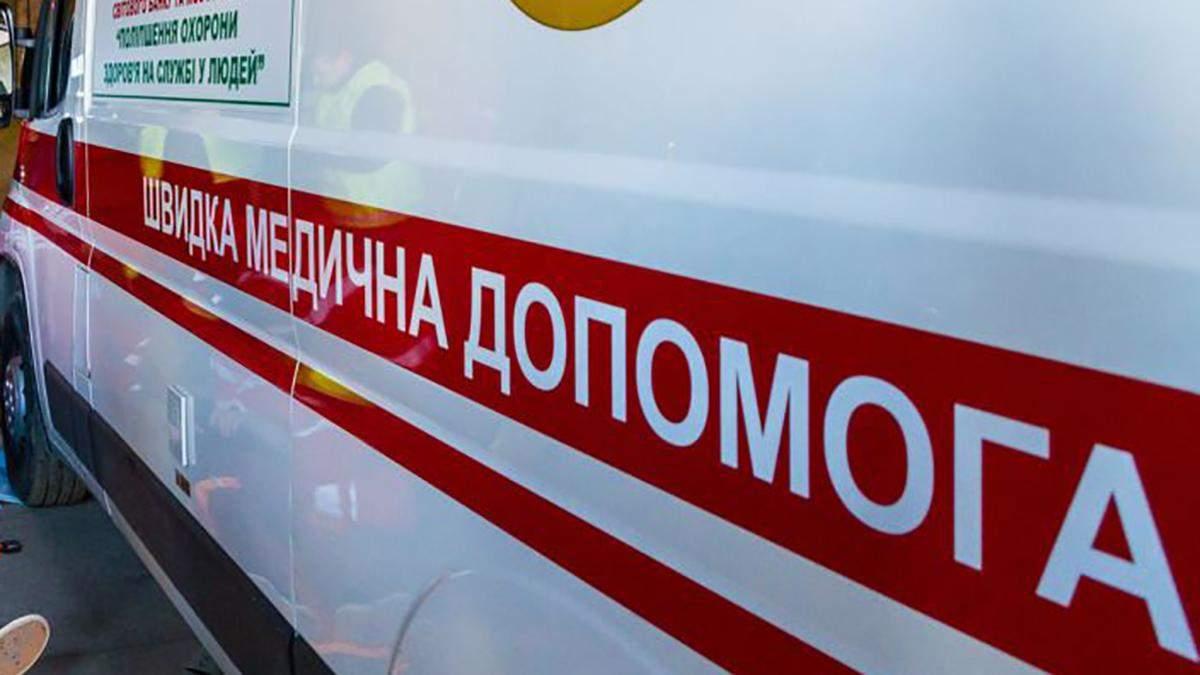 Окупанти обстріляли авто волонтерів на Донбасі: є поранені