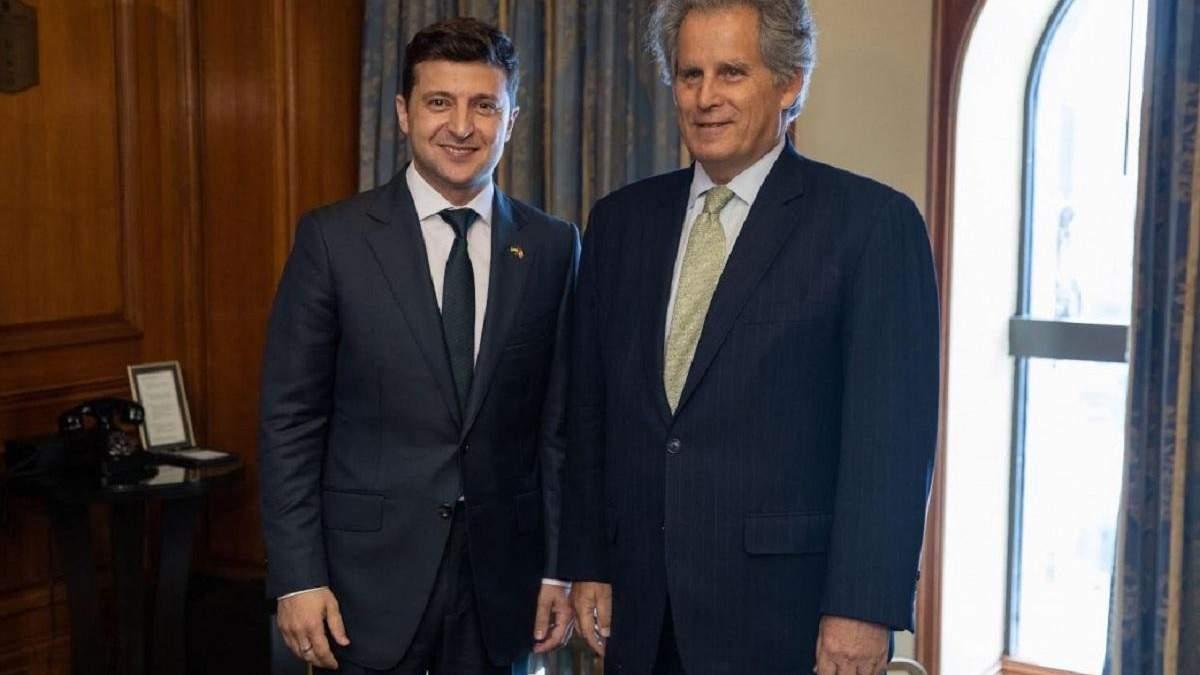 Зеленський провів зустріч із представником МВФ і запросив делегацію до Києва: фото