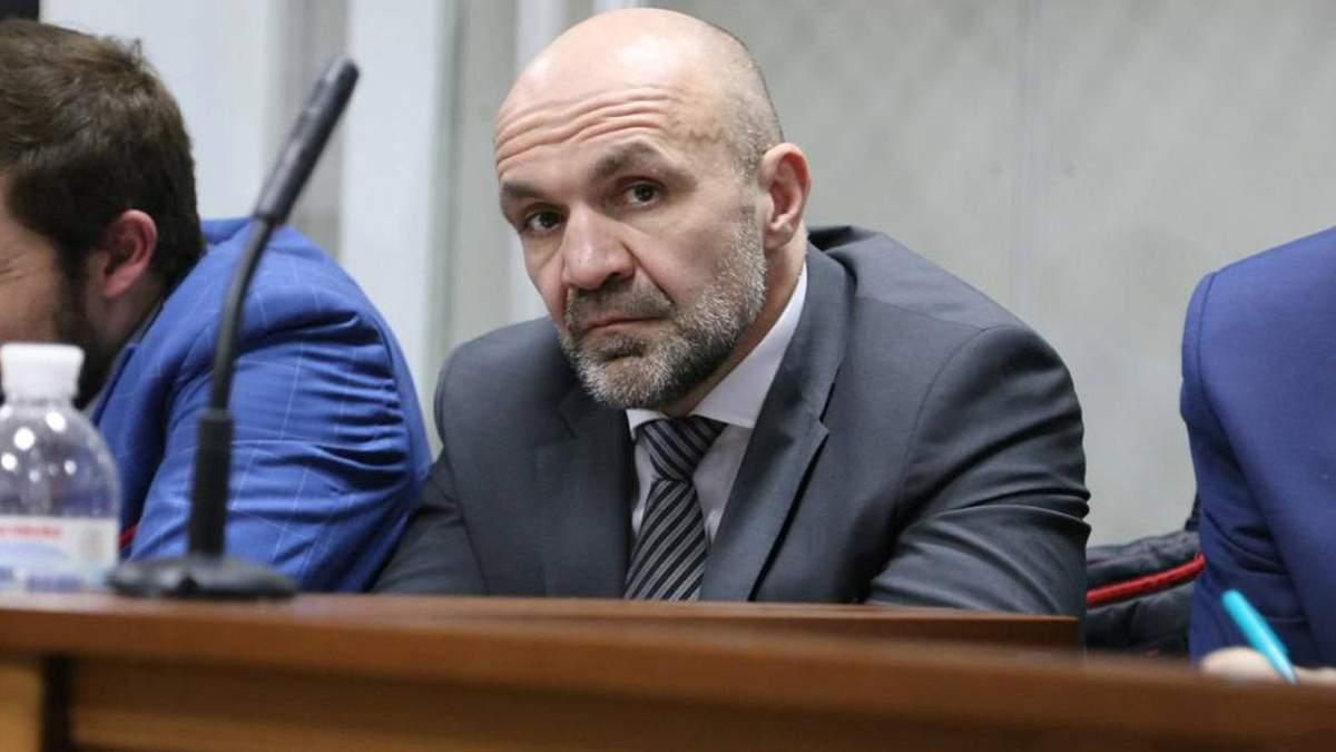 Непокаране зло зростає: Мангер та депутати Херсонщини саботують зміни в медреформі