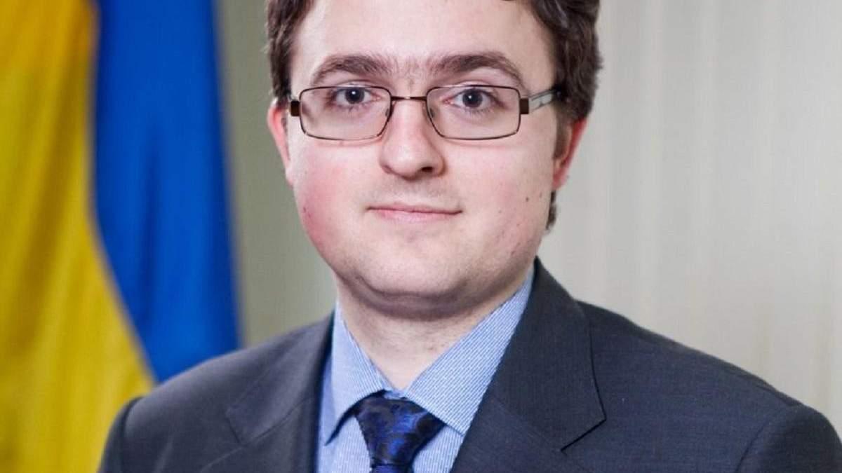Зеленский представил своего постпреда в Крыму Кориневича