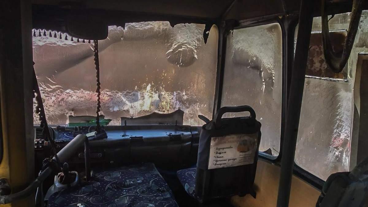Маршрутка с пассажирами загорелась в Киеве