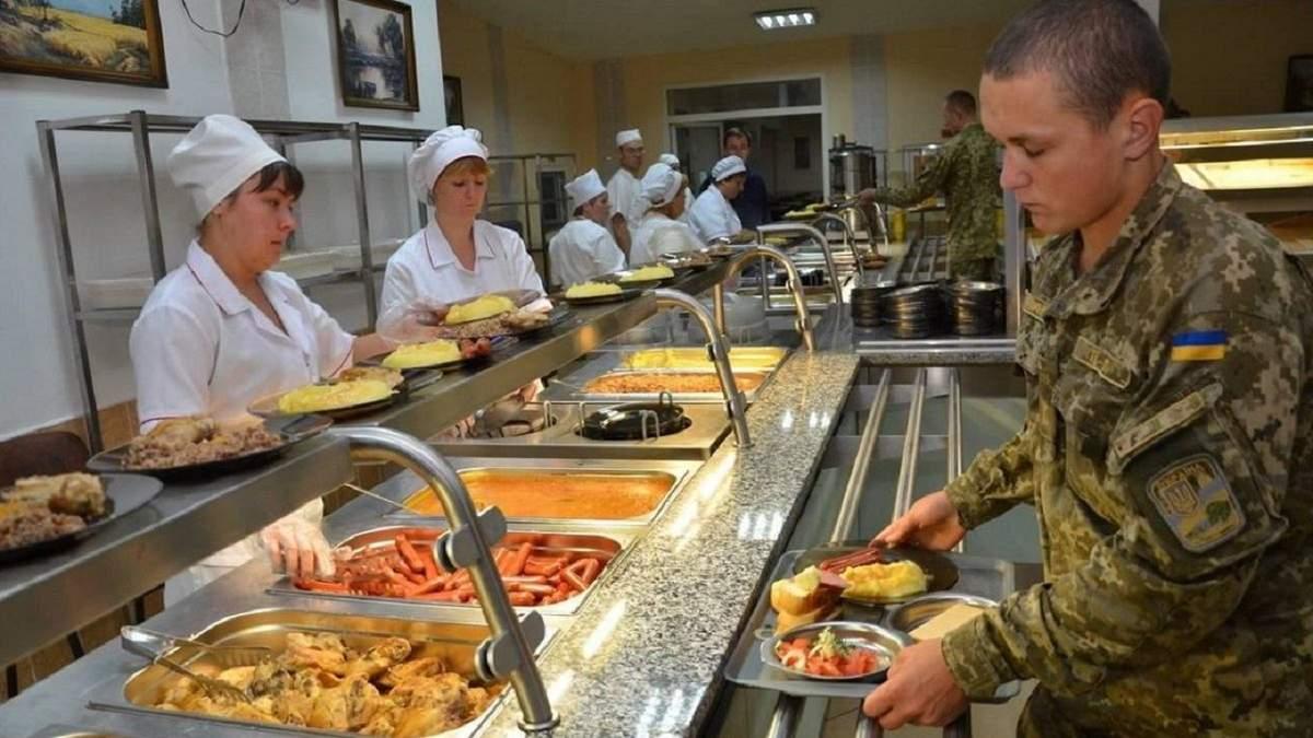 Окружной админсуд Киева остановил реформу питания в армии: что это значит