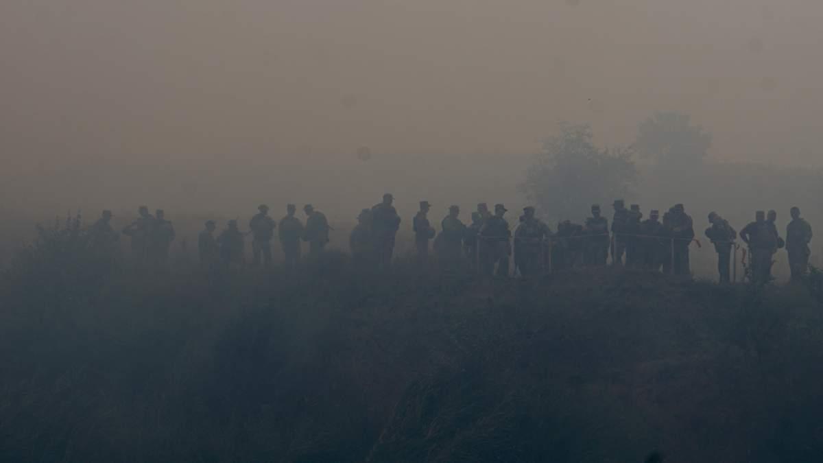 На суше, воде и в воздухе: военные провели масштабные учения в зоне ООС – яркие фото