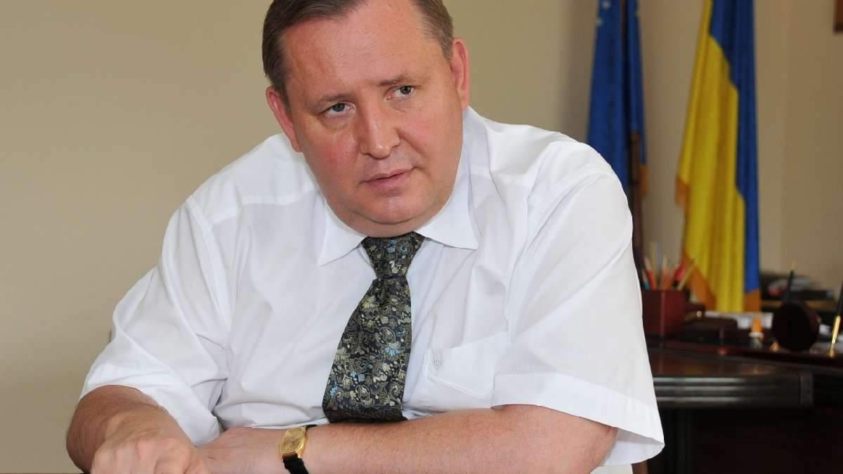 Кадровий скандал на Луганщині: Пристюк хоче посадити свою подругу на фінансові потоки в ОДА
