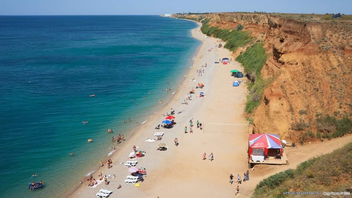 Понаехавших не предупредили о холере на пляже в Севастополе