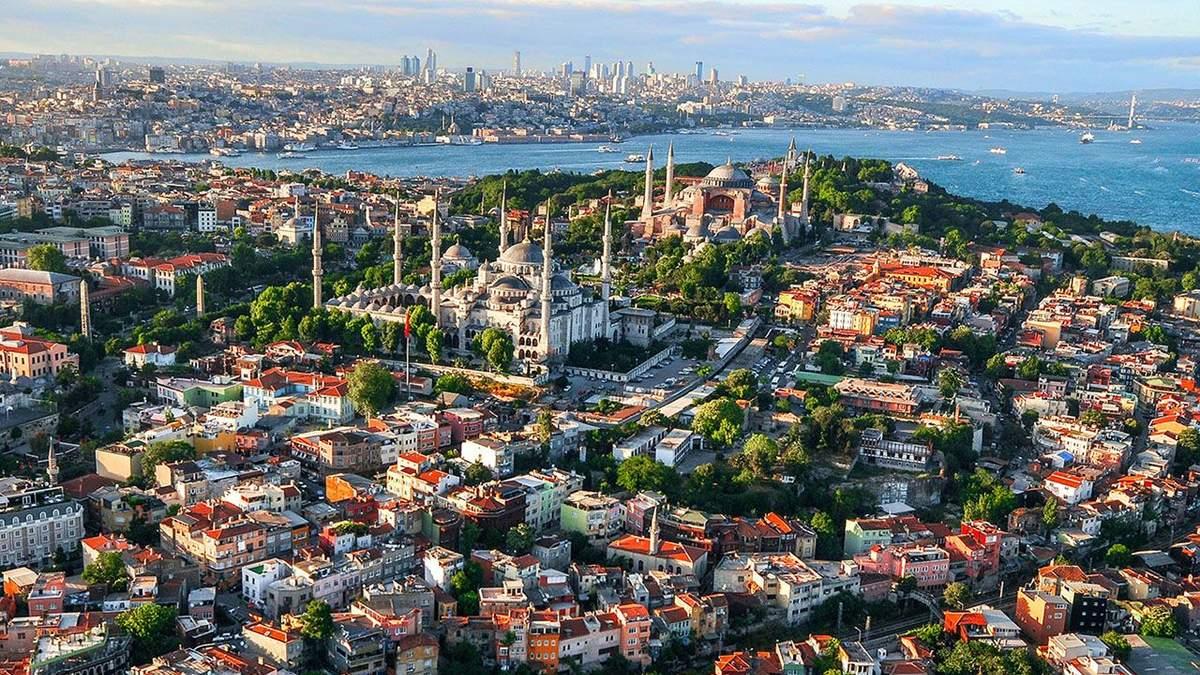 Обвал на ринку житла Туреччини: іноземці скуповують нерухомість, українці – серед них