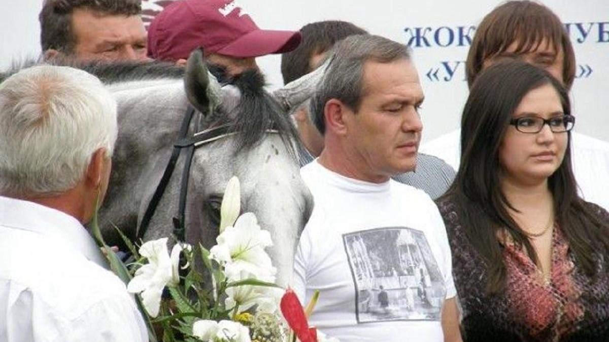 Власником авто, яке спричинило ДТП у центрі Києва, виявився приятель Януковича Згара