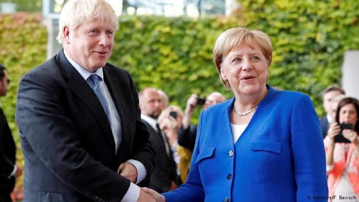Джонсон и Меркель: Россия не выполнила требований, чтобы вернуться к G8