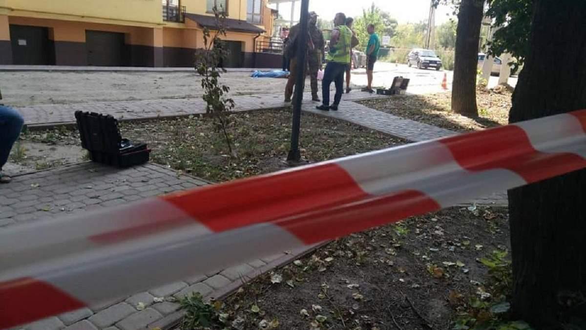 Возле Франковска мужчина подорвал себя и жену гранатой