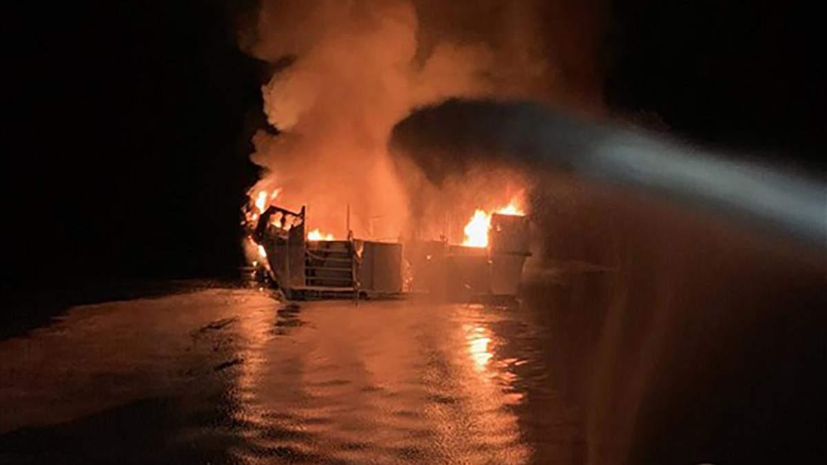 Пожар на корабле в Калифорнии – видео 2 сентября 2019 – погибли 34 человека