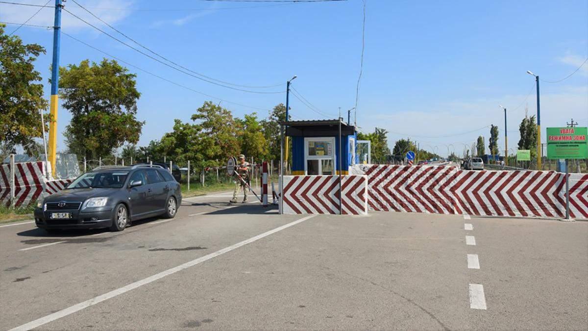 Оккупационные СМИ заявляют о массовом наплыве украинских туристов в аннексированном Крыму