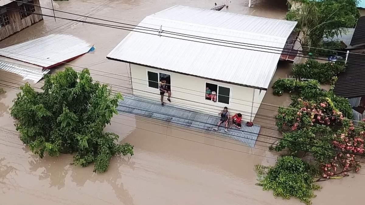 """Таїланд накрив шторм """"Подул"""""""