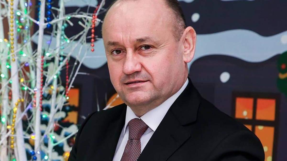 Слідство озвучило три версії замаху на ректора ТНЕУ Крисоватого