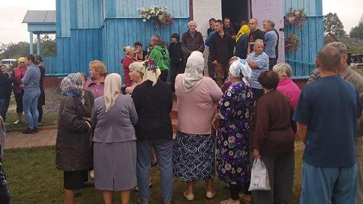 Церковь в селе Малинск, где подрались религиозные общины ПЦУ и УПЦ (МП)