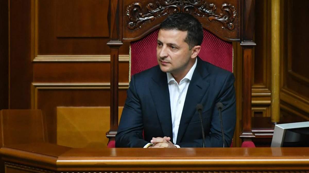 Бардак надо возглавить: эксперт прокомментировал возможное расширение полномочий президента