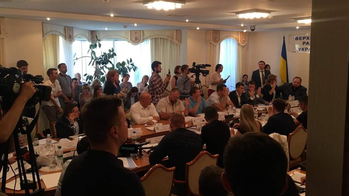 """Комітет ВР з питань правоохоронної діяльності рекомендував скасувати """"правки Лозового"""""""