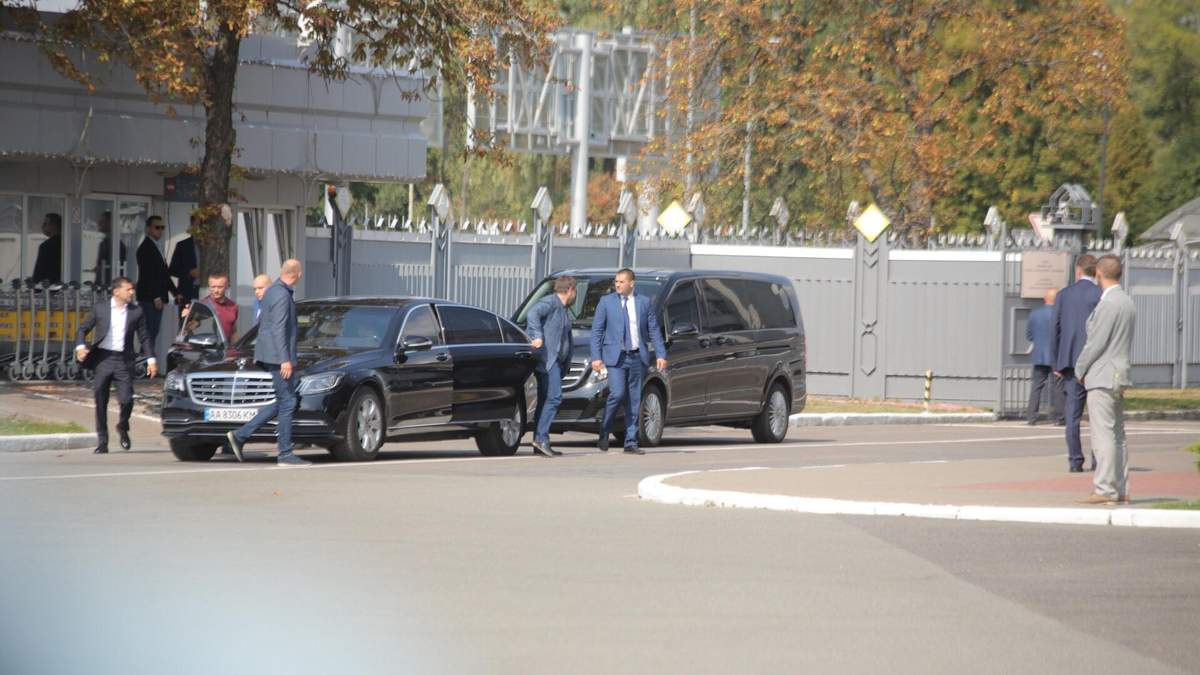 """Президент Украины прибыл в """"Борисполь"""""""