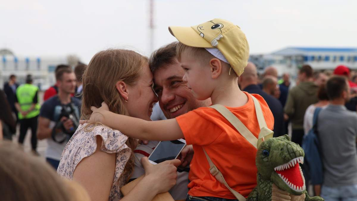 Украинцы вернулись домой