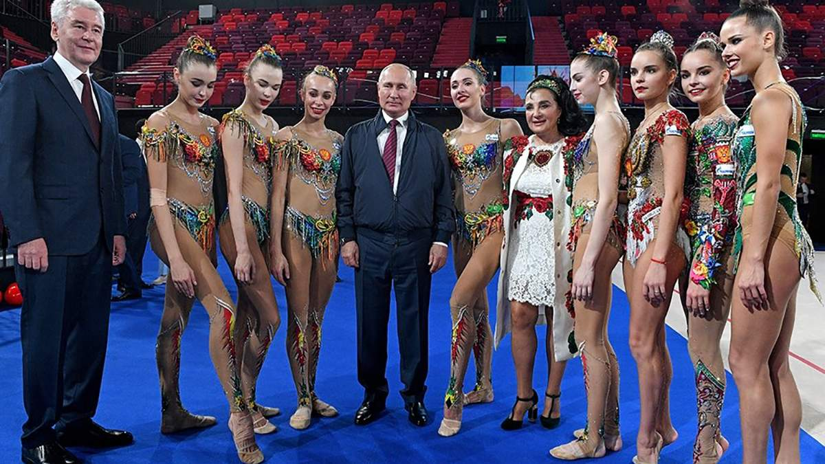 Що робив Путін у день повернення в Україну звільнених полонених
