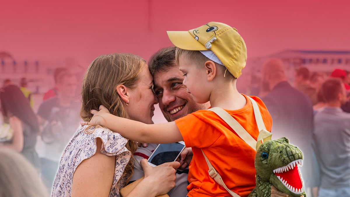 35 украинских пленных наконец смогли обнять своих родных