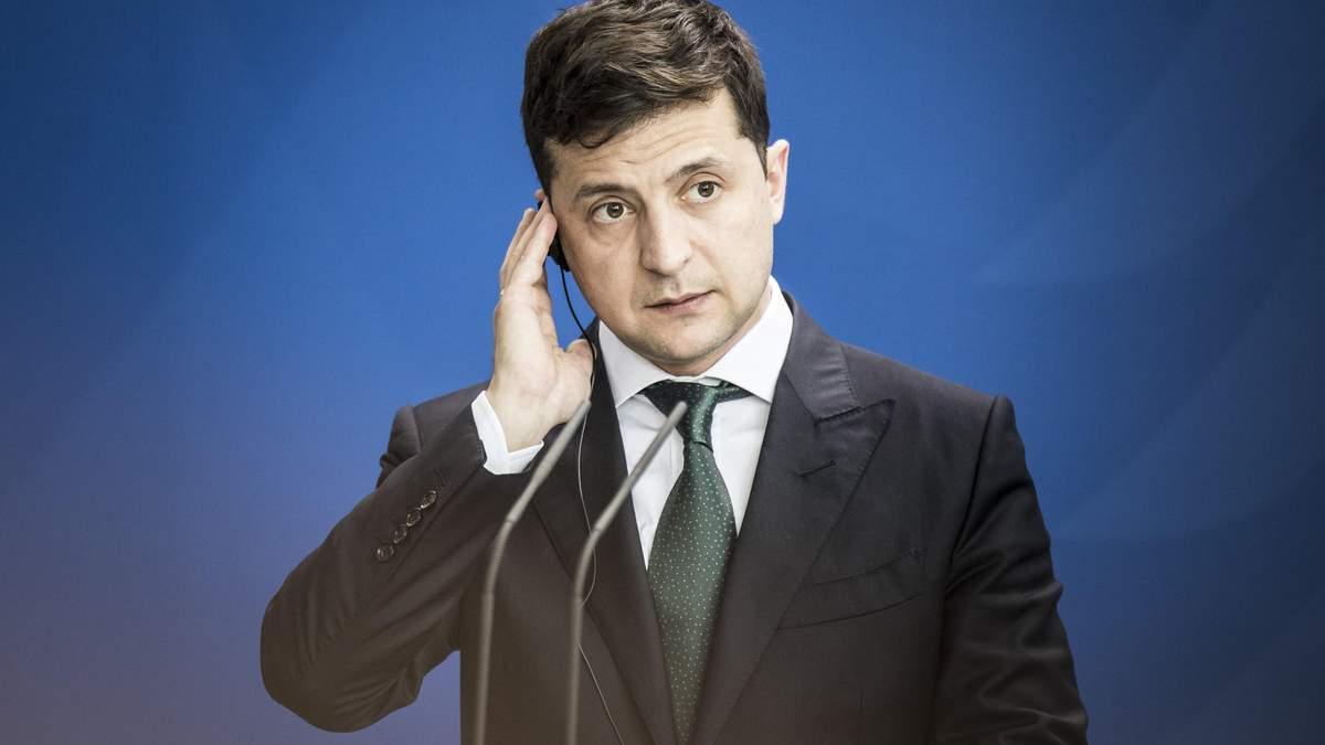 """""""Ще не прорив"""": у Польщі нагадали Зеленському про зняття заборони на пошуки тіл"""